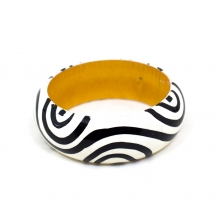 Wooden Bangle - Round Form - Lacque Finish - 25mm